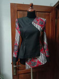 Indian Skirt, Blouse Batik, Dress Design Sketches, Batik Fashion, Kebaya, Muslim Fashion, Pakistani Dresses, Diy Nails, Designer Dresses