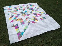 The Acacia quilt top is finished! This top took me longer than I expected, but it's done!   I'm calling this one Good Morning Starshine, whi...