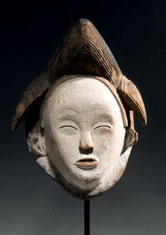 African Masks, African Art, Skull, Sculpture, People, Blank Mask, Beautiful Black Women, Woodwind Instrument, Africa
