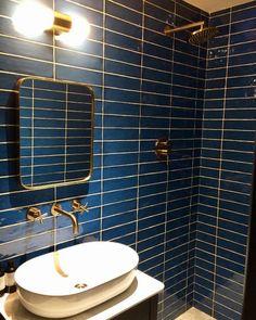 Top 50 Best Blue Bathroom Ideas & Navy Themed Interior Designs > > Top 50 Best Blue Bathroom Ideas – Navy Themed Interior DesignsTop 50 Best Blue Bathroom Ideas – Navy Themed Interior DesignsBlue has l Blue Bathrooms Designs, Bathroom Tile Designs, Bathroom Ideas, Budget Bathroom, Bathroom Remodeling, Blue Tile Bathrooms, Bathroom Inspiration, Gold Bathroom, Bathroom Interior