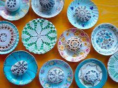stounes,plates,yarn