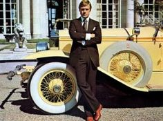 Robert Redford as Jay Gatsby in the 1974 movie The Great Gatsby. Here he is on the set of the film, shot at Newport's historic Rosecli. Jay Gatsby, O Grande Gatsby, Gatsby Movie, Gatsby Style, Gatsby Theme, 1920s Style, The Great Gatsby, Great Gatsby Fashion, Great Gatsby Wedding