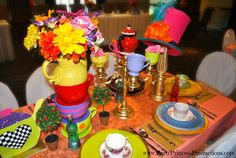 Table Decor at a Alice in Wonderland Party #aliceinwonderland #partydecor