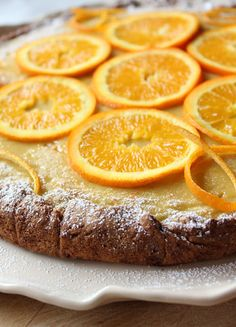 Italian tart with citrus cream recipe. For early spring then a tart soft and fra. Italian Pastries, Italian Desserts, Italian Recipes, Cheesecake Desserts, Just Desserts, Dessert Recipes, Secret Recipe, How Sweet Eats, Cream Recipes