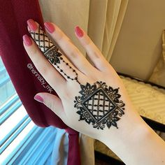 Pretty Henna Designs, Latest Henna Designs, Back Hand Mehndi Designs, Stylish Mehndi Designs, Full Hand Mehndi Designs, Mehndi Designs Book, Mehndi Designs For Girls, Mehndi Designs For Beginners, Mehndi Designs For Fingers