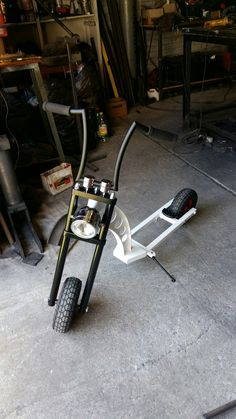 Love the front half of this frame Scooter Bike, Kick Scooter, Motorcycle Bike, Cool Bicycles, Cool Bikes, Vw Pickup, Diy Go Kart, Pocket Bike, Push Bikes