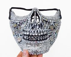 · This festival dust mask fits most men snugly and is an oversize fit for most women. It is skull-shaped, covers the half of one's face, is embellished with rhinestone mosaic and could take you from… Halloween Skull Mask, Halloween Kostüm, Ropa Burning Man, Real Human Skull, Look Festival, Rave Costumes, Costumes With Masks, Female Mask, Half Face Mask