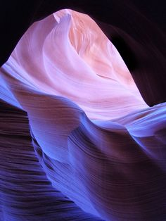 The Unearthly Beauty of Antelope Canyon.
