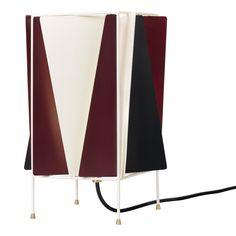 Gubi's B-4 table lamp, Chianti red