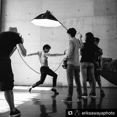 Image by @eriksawayaphoto ・・・ #behindthescenes teaser in Mexico shooting for @despertaresmex with @chapulo7 with @thefabulousdev on the lights #iso1200 #famousbtsmag #balletphotography #melbournephotographer #sydneyphotographer #boysofballet #ringflash #elinchromquadra #octabox
