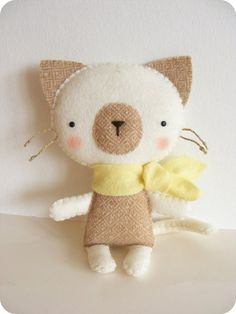 PDF pattern - Felt kitty with scarf. DIY cat softie, easy sewing pattern