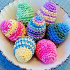 Crocheted Easter Eggs Pattern - Easter Egg Crochet Pattern Crochet up this easy Easter egg pattern for your holiday decor or to hide for kids. You can do so many colorful variations from this basic pattern! Easter Projects, Easter Crafts, Holiday Crafts, Easter Decor, Easter Ideas, Holiday Decor, Crochet Gratis, Crochet Toys, Knit Crochet