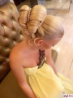 updo #hairstyle