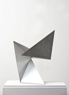 Based in San Francisco, NICOLEHOLLIS is an interior design practice that imbues spaces with beauty through artisanship. Geometric Sculpture, Abstract Sculpture, Geometric Art, Sculpture Art, Modern Art, Contemporary Art, Geometry Shape, Art Plastique, Installation Art
