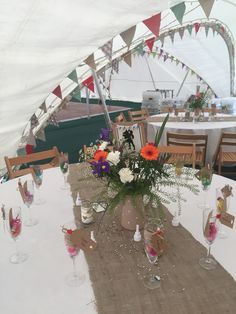 Capri marquee decoration. Country wedding.