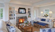 Cape Cod Fine Homebuilders: House on a Salt Pond - Polhemus Savery DaSilva #hamptonsstyle #livingrooms