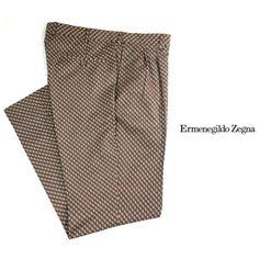 Today we are featuring these Ermenegildo Zegna double pleated slacks from their Couture line. To purchase, call (615) 256-3547. We ship! Featured items: Zegna slacks (36) $298 - #nashville #consignment #menswear #designerconsignment #nashvillenow #mensstyle #mensfashion #nashvillefashion #nashvillestyle #luxuryconsignment #sartorial #dapper #styleformen #stylishmen #flipnashville #zegna #ermenegildozegna