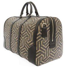 グッチ ボストンパック GGカレイド GGスプリーム ベージュ 黒 PVC 406380 GUCCI バッグ Travel Bag, Bags, Fashion, Handbags, Moda, La Mode, Dime Bags, Fasion, Lv Bags