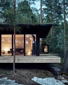 Forest Cabin, Forest House, Glass Cabin, Glass House, Cabins In The Woods, House In The Woods, Petits Cottages, Lakeside Cottage, Mansions Homes