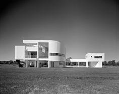 Long Island Modernism 1930-1980 - Saitzman House (1969), Richard Meier