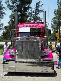 Pink Peterbilt :) i think i may be in love!