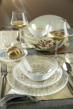The Medici Collection Crystal16 Piece Dinnerware Set Lead Free #LorrenHomeTrends