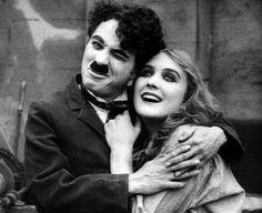 Писать о настоящей любви – это значит испытать самое прекрасное из творческих разочарований: ее невозможно ни описать, ни выразить. Чарли Чаплин