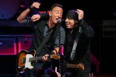 Bruce Springsteen Concert Setlist at Moda Center, Portland on March 22, 2016 | setlist.fm