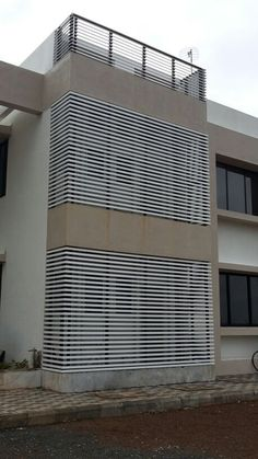 Manufacturers Specification for Exterior Plain Louvre System Wall Cladding, Facade, Skyscraper, Multi Story Building, Louvre, Gardens, Exterior, Sun, Wood