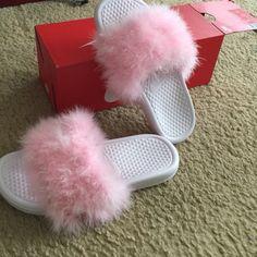 the latest 66136 ba26b Nike Shoes - Custom faux fur Nike slides