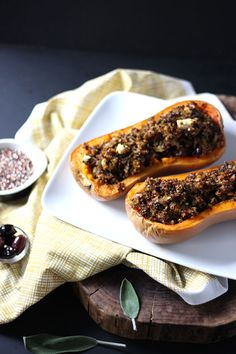 Stuff squash with black beans and quinoa for a tasty, filling meal from @dietitiandebbie. #vegetarian #fiber #gluten-free