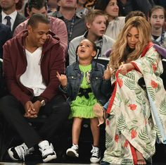 """Ohhh, so THAT'S why they call you King and Queen..."" The Carters at the NBA All-Star game in New Orleans"