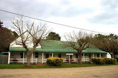 Former Steam Packet Hotel in Nelligen