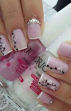 41 latest nail trends and designs 2019 014 Acrylic Nail Designs, Nail Art Designs, Acrylic Nails, Fingernail Designs, Valentine Nail Art, Nail Designs Spring, Stylish Nails, Trendy Nails, Fancy Nails