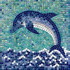 Delfin Mosaik DIY Dolphin Mosaic with ceramic tiles - Delfin mit Mosaik Basteln - Dauphin en mosaique - Alea Mosaik Craft Kit - Mosaic Stories Mosaic Glass, Mosaic Tiles, Stained Glass, Glass Art, Mosaic Tray, Mosaic Wall, Mosaic Art Projects, Mosaic Crafts, Mosaic Designs