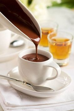 Sweetheart Sipping Hot Chocolate (for Grownups) in Recipes on The Food Channel® Café Chocolate, Italian Chocolate, Hot Chocolate Recipes, Chocolates, Clean Eating Snacks, Biscotti, Sauces, Food Photography, Food Cakes