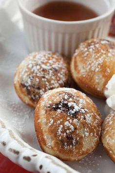 Pancake balls at Katalina's Columbus Food, Yummy Pancake Recipe, Cake Pop Maker, Cooking Challenge, Griddle Cakes, Crepe Cake, Pancake Ideas, Breakfast Recipes, Bakery