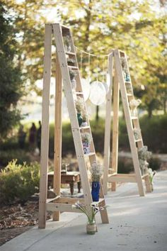 Stairs and garland as the part of your wedding decor