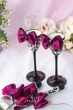 Burgundy damask wedding set, wedding cake server and knife,champagne flutes, black and white, wedding gift ideas, wedding supplies, 4 pcs