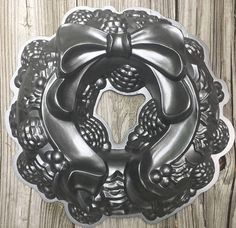 SALE Cake Pan Christmas Wreath Nordic Ware Williams Sonoma
