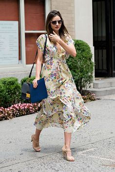 Miranda Kerr Outfit Idea: Go Gatsby in a Floral Frock and T-Strap Sandals