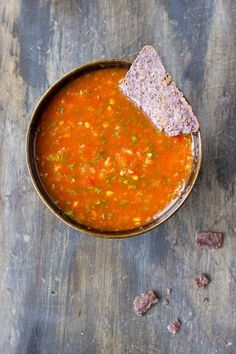 Roasted Habanero Salsa: 5 Large Tomatoes 4 – 6 Habanero Peppers, 1 Cup Cilantro Leaves 3 Tablespoons Fresh Squeezed Lime Juice 1 Tablespoon Extra Virgin Olive Oil 1 Teaspoon Sea Salt – or to taste Salsa De Habaneros, Salsa Picante, Salsa Salsa, Habenero Salsa, Mango Habanero Salsa, Gourmet Recipes, Mexican Food Recipes, Cooking Recipes, Ethnic Recipes