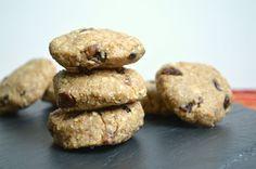 Raw Vegan Oatmeal Raisin Cookies | Because I Like Chocolate
