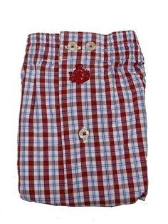 Boxer de tela guash por 13.95€ - Boxer 100% algodón, fondo en blanco y cuadros en tono rojo - Parte posterior con pieza completa. #Hombre #modahombre #ropainterior #calzoncillos http://www.varelaintimo.com/marca/9/guash