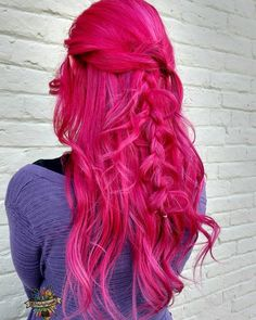 Manic panic hot hot pink mermaid colour on dark hair unbleached diluted faded natural ombre pastel cotton candy mix rainbow Bright Pink Hair, Hot Pink Hair, Hair Color Pink, Funky Hairstyles, Pretty Hairstyles, Fucsia Hair, Gorgeous Blonde, Gorgeous Hair, Grunge Hair