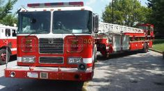 2003 Seagrave Articulated Ladder Truck with Harrison 10KW Generator…