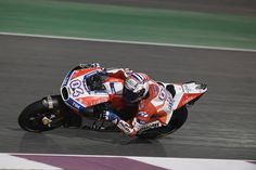 #racing #ducaticorse #motogp #qatargp #ducatiteam Andrea Dovizioso ran a splendid race today to finish runner-up in the Qatar GP. Eleventh place for Jorge Lorenzo on his Ducati debut What's new on Lulop.com http://ift.tt/2nX5lw7