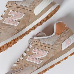 Womens 574 New Balance Beach Cruiser Shoes in Beige/Pink