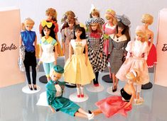 The P.B. Store Barbie dolls came in a variety of fashions and accessories. Many were based on or inspired by vintage Barbie fashions. Others reflected 1980s fashions.