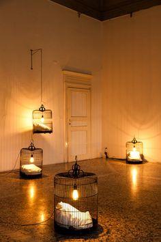 mejor con velas cage lights
